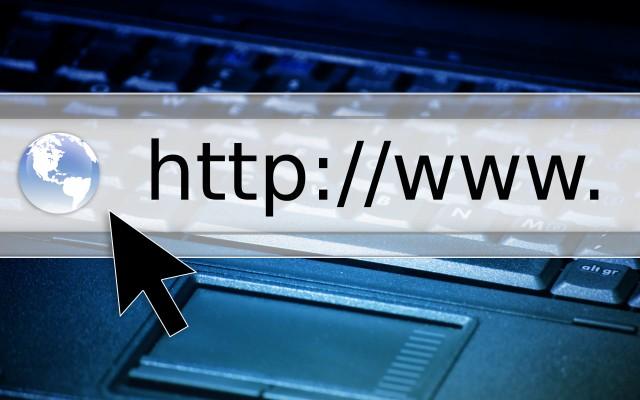 Wat moet er verplicht op je website en facebookpagina staan?