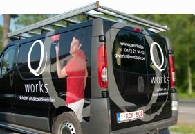 Belettering camionette van Qworks uit Westrozebeke