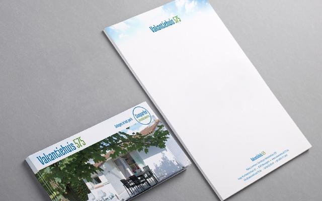 Flyer en briefpapier voor Vakantiehuis 575
